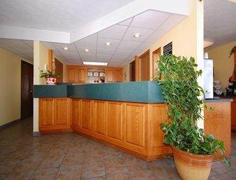 фото Super 8 Motel - Bolivar 488302014