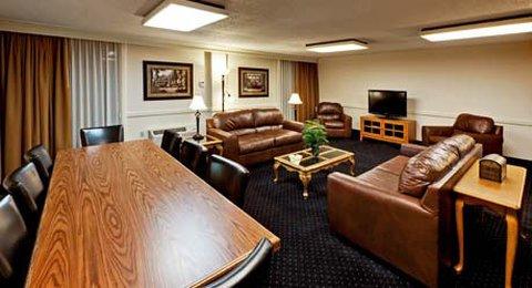 фото Wyndham Riverfront Hotel 488302127