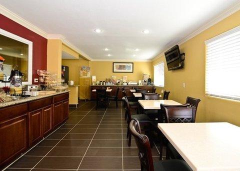фото Quality Inn & Suites Escondido 488303763