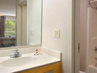 фото Super 8 Motel - Fayetteville 488305965