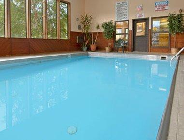 фото Super 8 Motel - Gardiner/Yellowstone Park Area 488306271