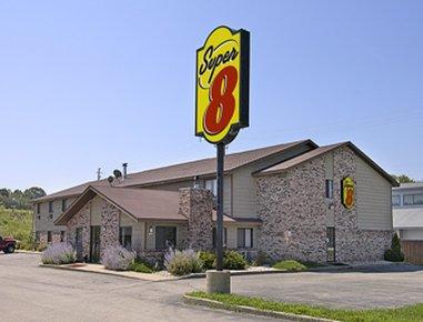 фото Super 8 Motel - Hartford 488309454