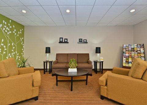 фото Sleep Inn & Suites Harrisburg 488309980