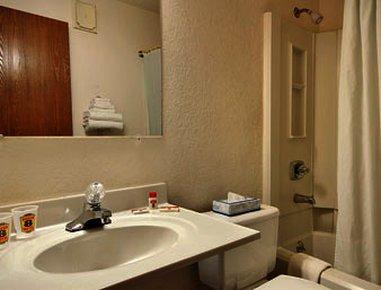 фото Super 8 Bath Hammondsport Area 488310778
