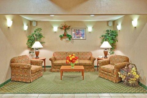фото Holiday Inn Express & Suites Salamanca 488314534
