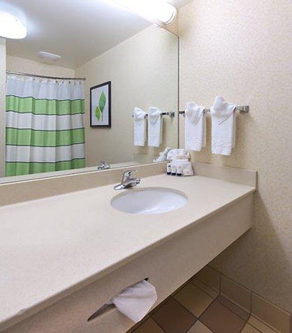 фото Fairfield Inn By Marriott Lexington Park Hotel 488318993