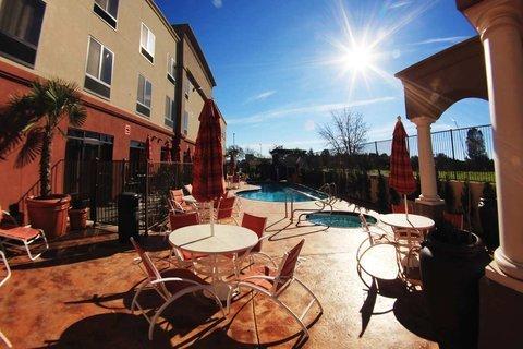 фото Hampton Inn & Suites Paso Robles, CA 488320657