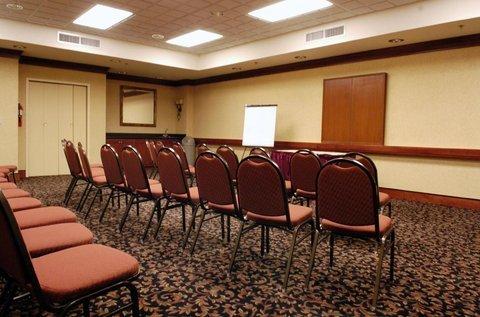 фото Holiday Inn Express Fort Wayne 488321868