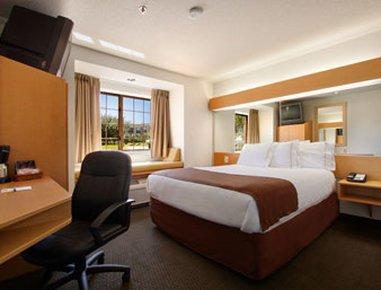 фото Microtel Inn & Suites Culpeper 488324032