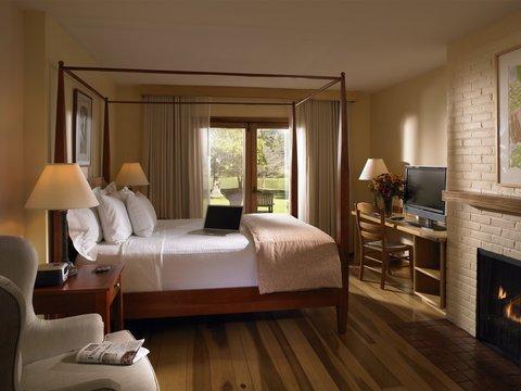 фото New Harmony Inn Summit Hotels 488324109