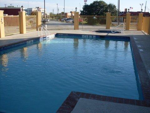 фото La Quinta Inn & Suites Brownwood 488327006
