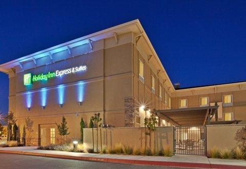 фото Holiday Inn Express 488330432