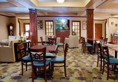 фото Holiday Inn Express Sealy 488333254