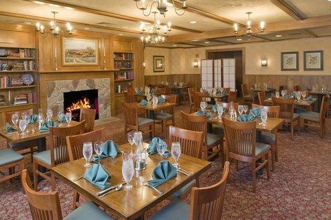 фото Inn at Middletown 488335608