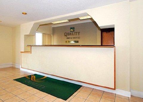 фото Quality Inn & Suites Jackson Int 488339266