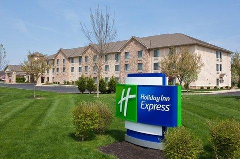 фото Holiday Inn Express Logan 488340232