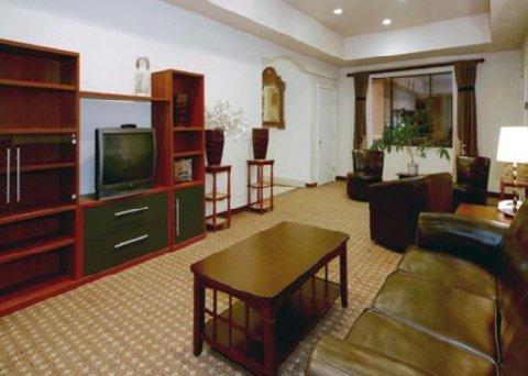 фото Comfort Suites Deer Park 488341783