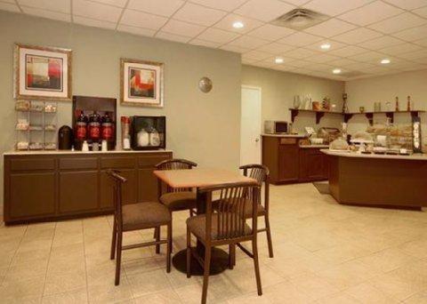 фото Comfort Suites Deer Park 488341785
