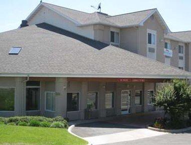 фото Baymont Inn and Suites Redding 488344837