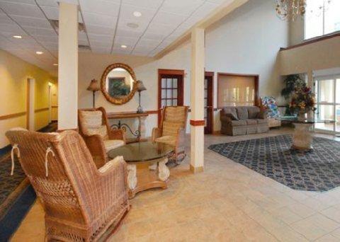 фото Comfort Suites Lakeside 488346124