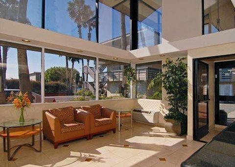 фото Comfort Inn Anaheim 488346530