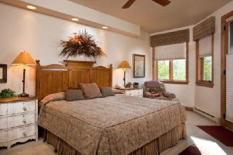 фото Chateau Chamonix by Wyndham Vacation Rentals 488346818