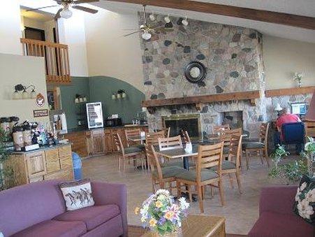 фото Boarders Inn and Suites Waupun 488348079
