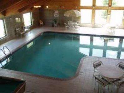 фото AmericInn Lodge & Suites Manitowoc 488348274