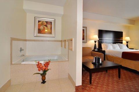 фото Best Western PLUS Rockwall Inn & Suites 488348695