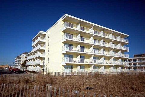 фото Atlantic Oceanfront Inn 488350213
