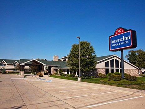 фото AmericInn Lodge & Suites Cedar Falls 488350907