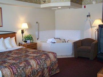 фото Baymont Inn and Suites Davenport 488352227