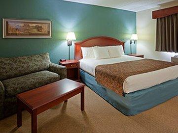 фото AmericInn Hotel & Suites Chippewa Falls 488352461