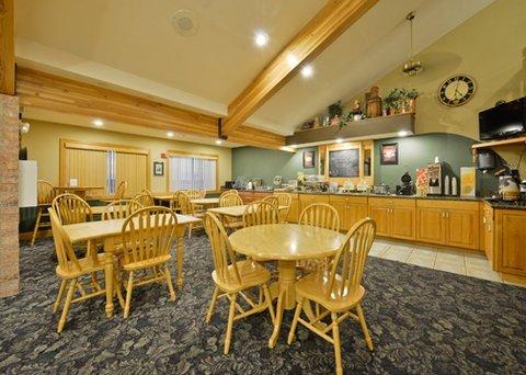 фото Quality Inn & Suites Peosta 488352490