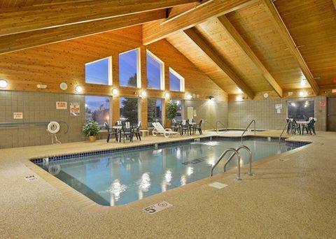 фото Quality Inn & Suites Peosta 488352491