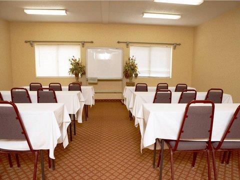 фото Quality Inn & Suites East 488352745
