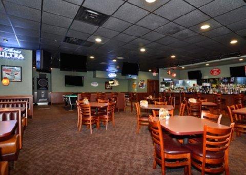 фото Quality Inn & Conference Center- Nebraska 488353184