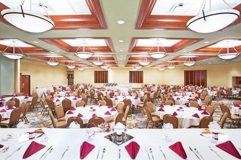 фото Holiday Inn Midland 488355448