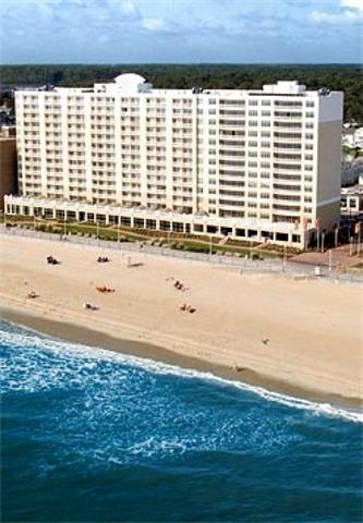 фото The Dunes Oceanfront Hotel 488356230