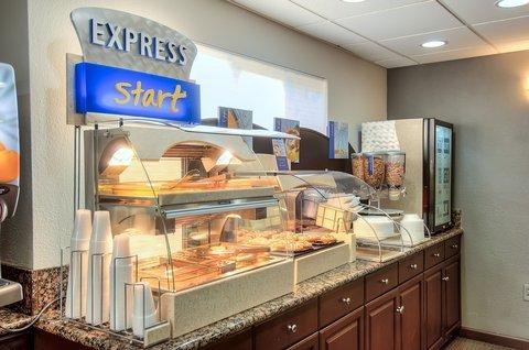фото Holiday Inn Express Temecula 488356985