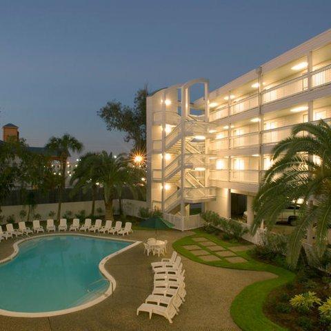 фото Casa Del Mar Beachfront Suites 488358200