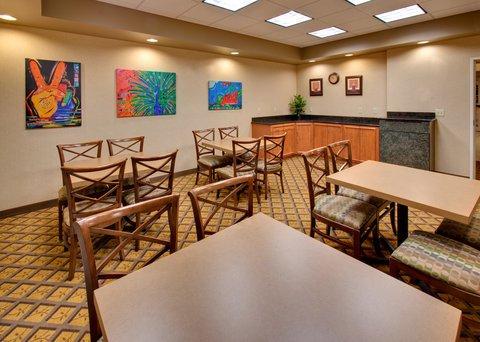 фото Candlewood Suites Fargo-North Dakota State University 488359730