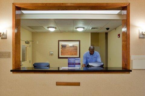 фото Candlewood Suites Virginia Beach-Norfolk 488361566