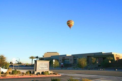 фото Hampton Inn & Suites Palm Desert 488362784