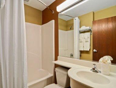 фото Microtel Inn & Suites by Wyndham Round Rock 488365441