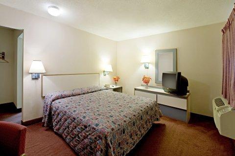 фото Travel Inn Motel 488369276
