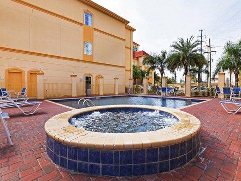 фото La Quinta Inn & Suites Lake Charles 488370814