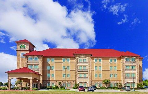 фото La Quinta Inn & Suites Allen at the Village 488370820