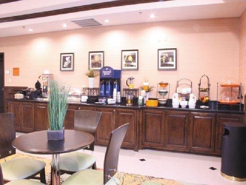 фото La Quinta Inn & Suites Allen at the Village 488370826