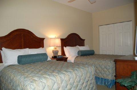 фото River Oaks Resort 488371842